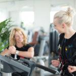 2 Frauen - EMS Personal Training -